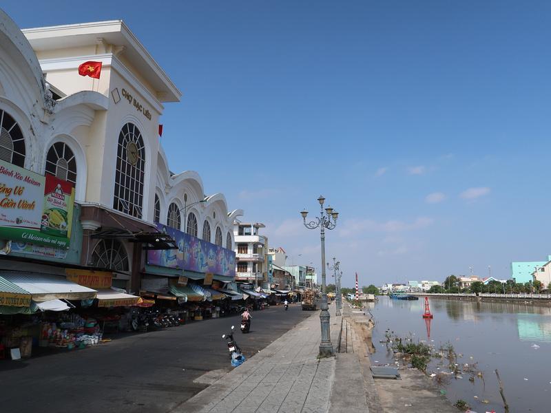 Market riverfront