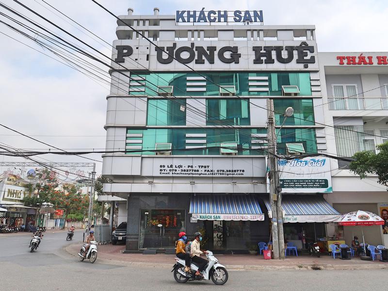 Hotel Review: Phuong Hue Hotel, Soc Trang - Vietnam