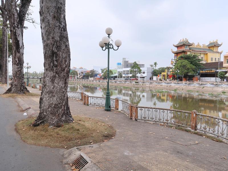 Cau Quay River