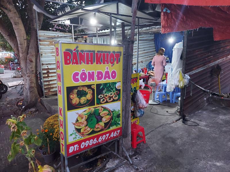 Banh Khot Con Dao