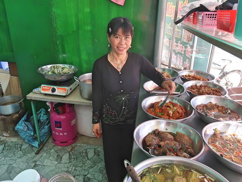 Com Tam at Quan May Hong