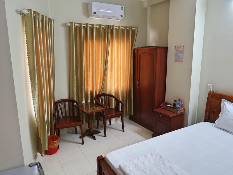Room at Thuy Van Hotel