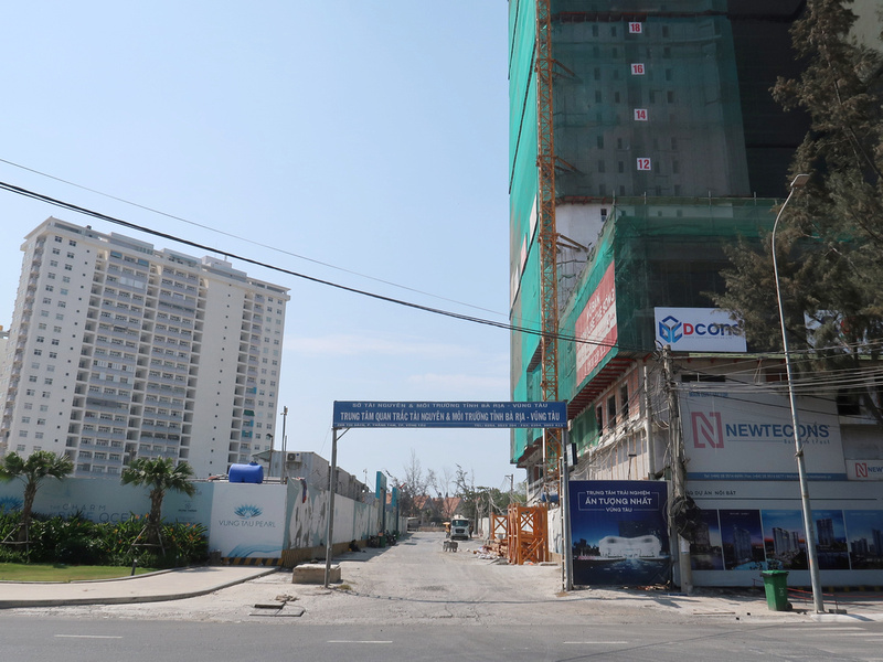 Vung Tau Pearl and The Song
