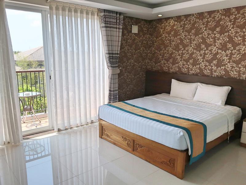 May Hotel room