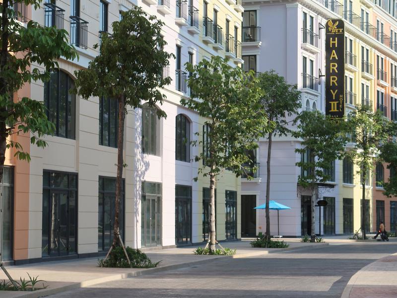 Harry II Hotel at Marina Square