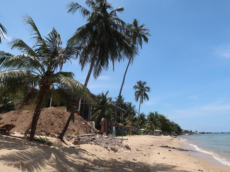 Demolished beach restaurant