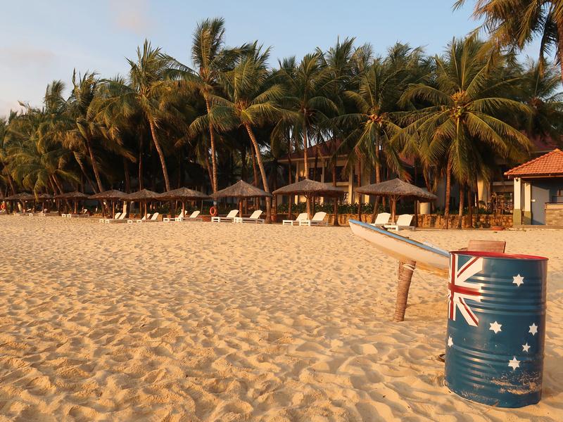Australia beach can