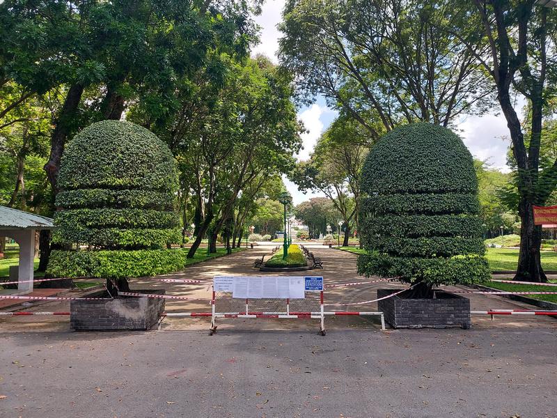 Le Van Tam Park closed