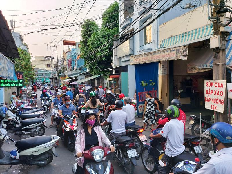 Huynh Tinh Cua traffic