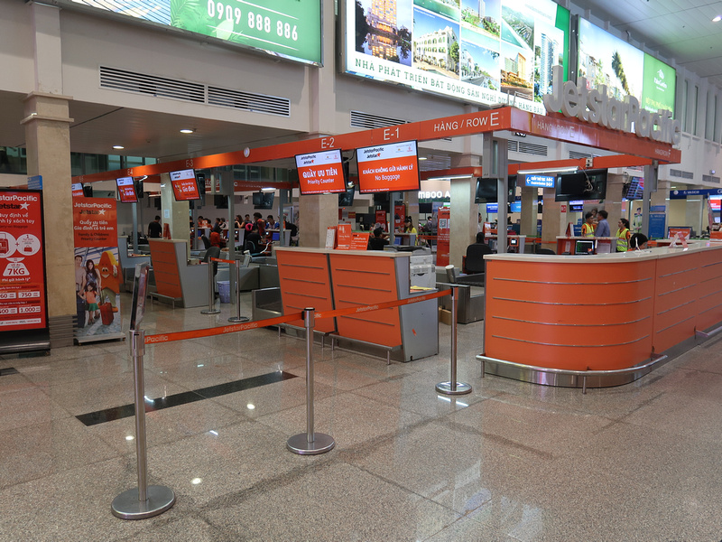 Jetstar Pacific check-in