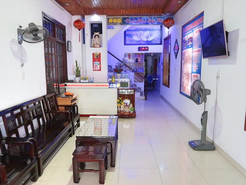 Hotel Review: Lum Dong Tien Hotel, Hue - Vietnam