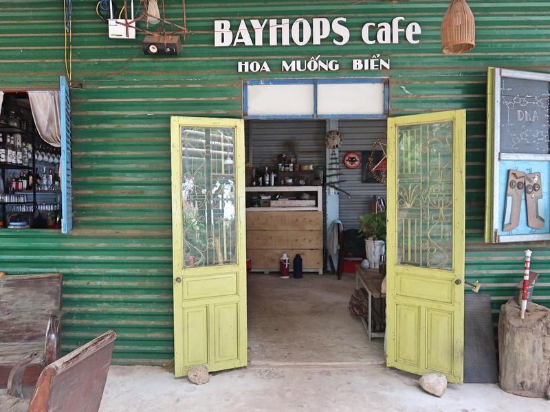 Bayhops Cafe