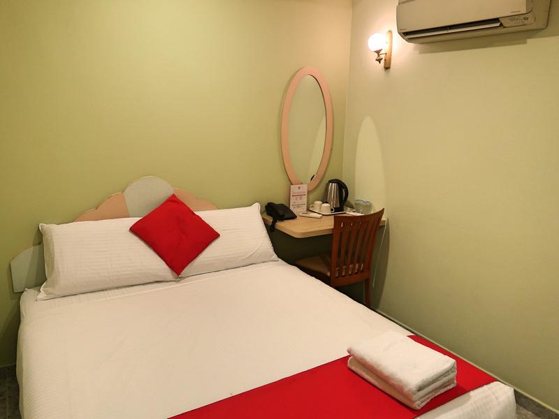 Hotel Fuji bed