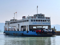IMG_6423-ferry-koh-chang