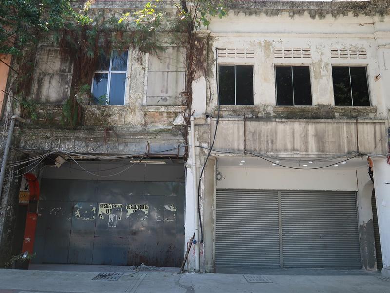 Ruined shophouses on Jalan Tuanku Abdul Rahman