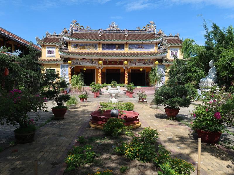Chua Phap Bao