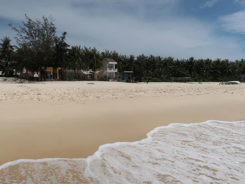 Lucky Spot Beach Bungalow Seafront