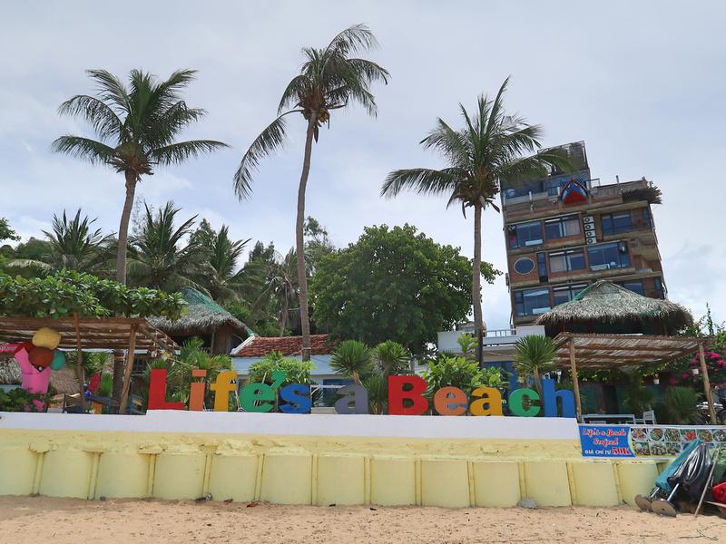 Guesthouse Review: Life's A Beach, Bai Xep - Vietnam