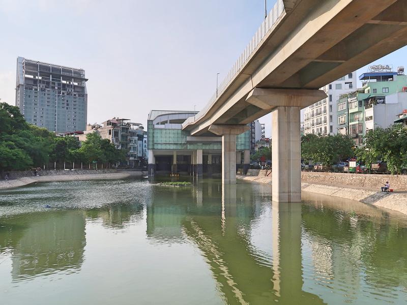Hao Nam Lake