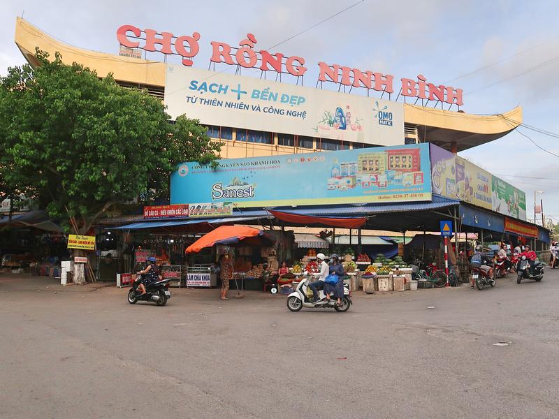 Cho Rong Ninh Binh