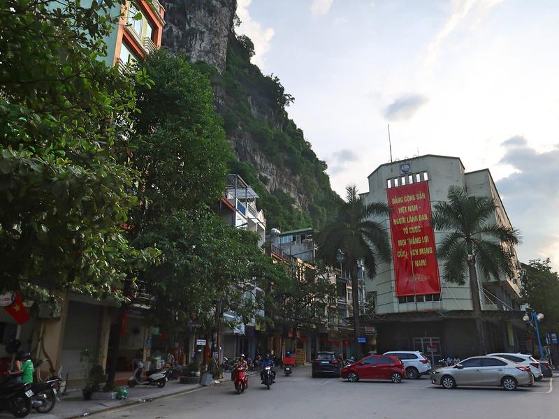 Hang Noi