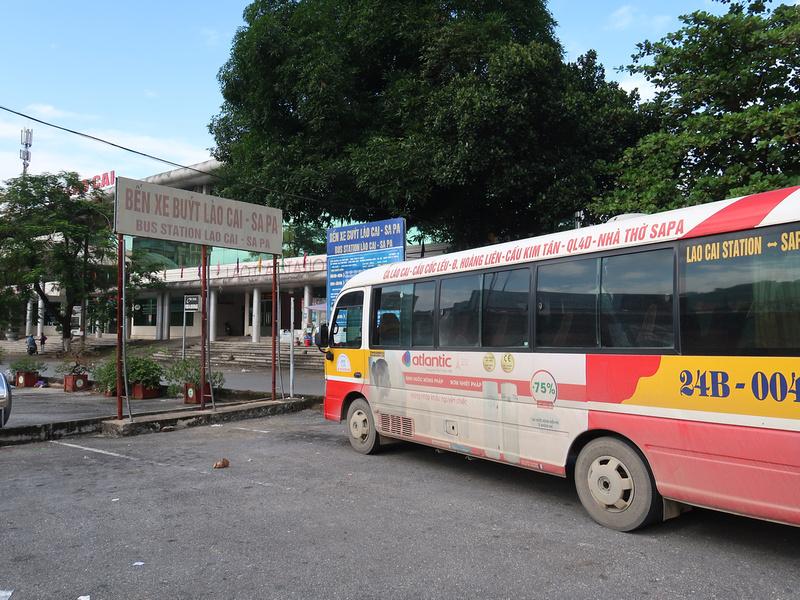 Bus to Sapa