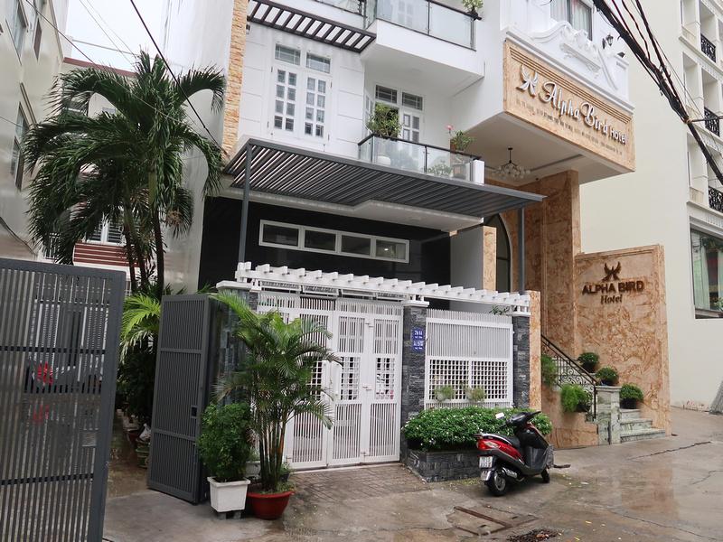 Hotel Review: Alpha Bird Nha Trang