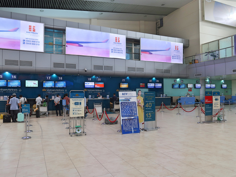 Vietnam Airlines check-in
