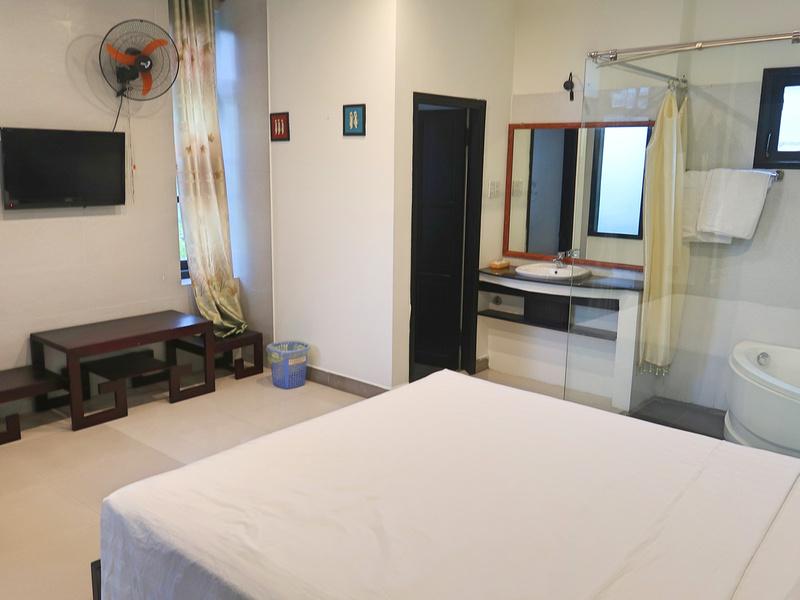 Starfruit Villa room