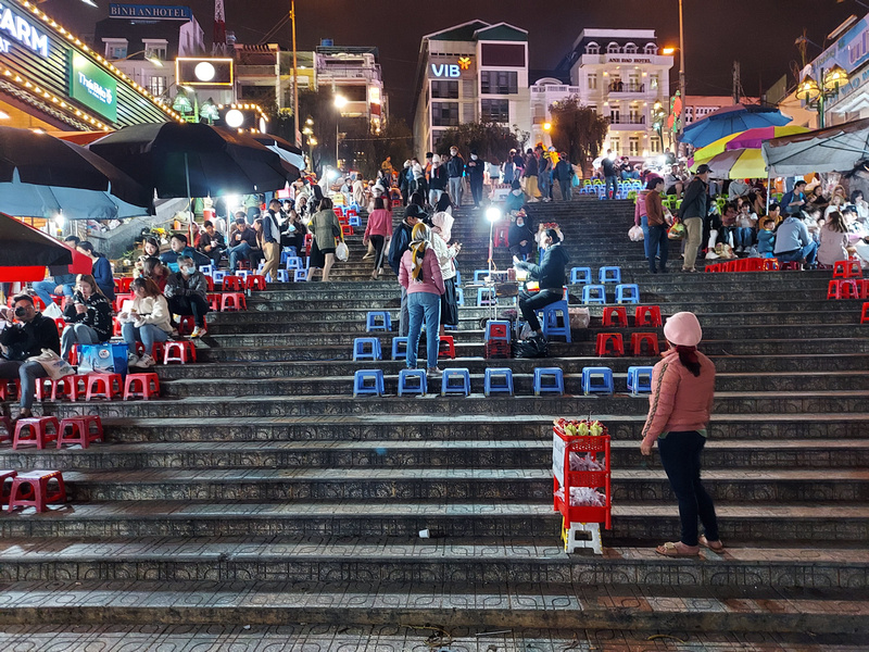 Market stairs