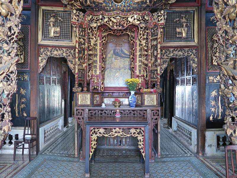 Inside Huynh Thuy Le old house