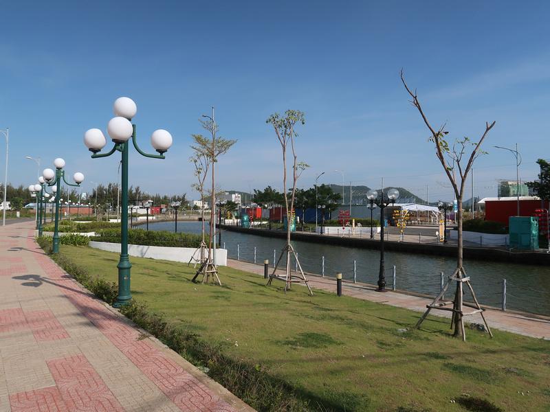 Hai Ba Trung park