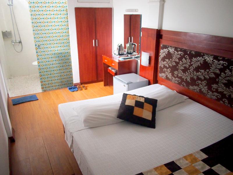 Hanoi Asia Guest House room