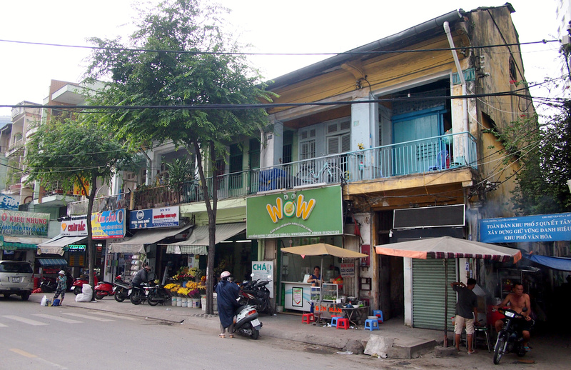 Cong Quynh shophouses