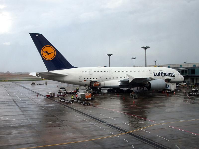 Lufthansa at SIN
