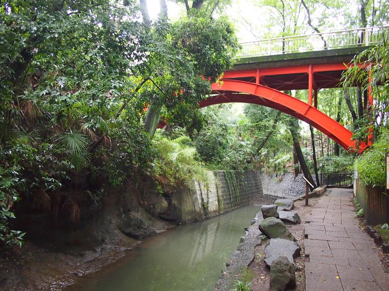 Golf Bashi Bridge