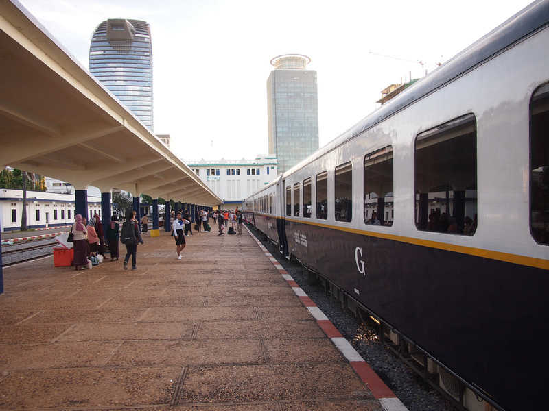 Phnom Penh to Sihanoukville by train