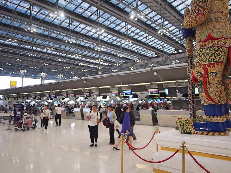 Thai Airways check-in at BKK