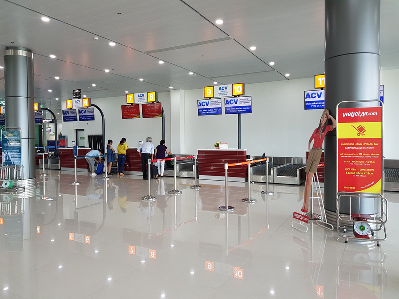 VietJet Air check-in