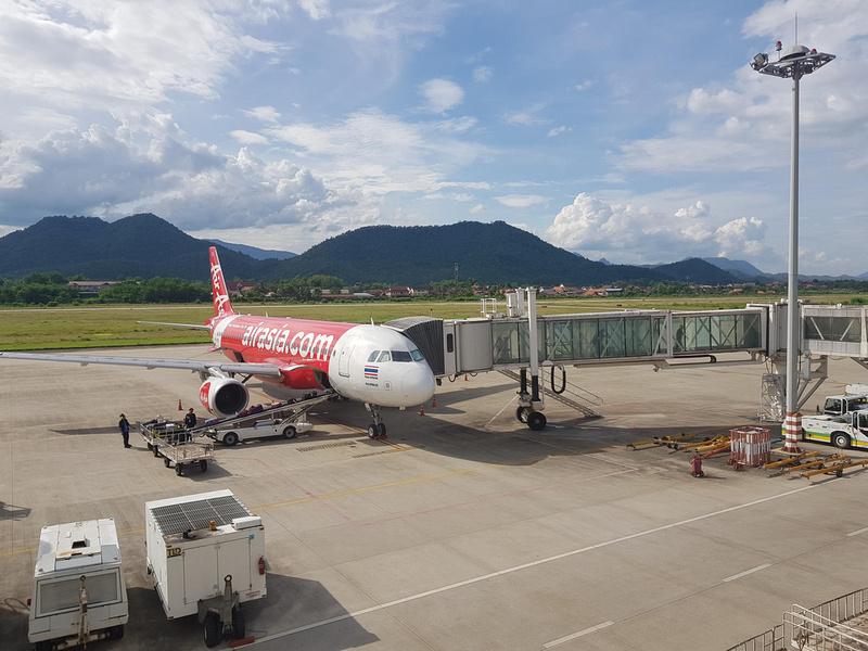 AirAsia at LPQ