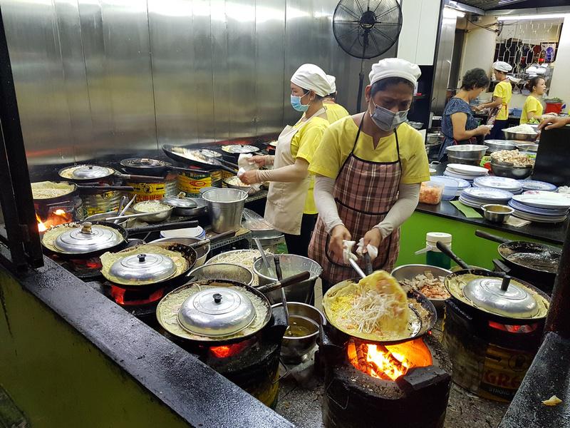 Banh Xeo kitchen