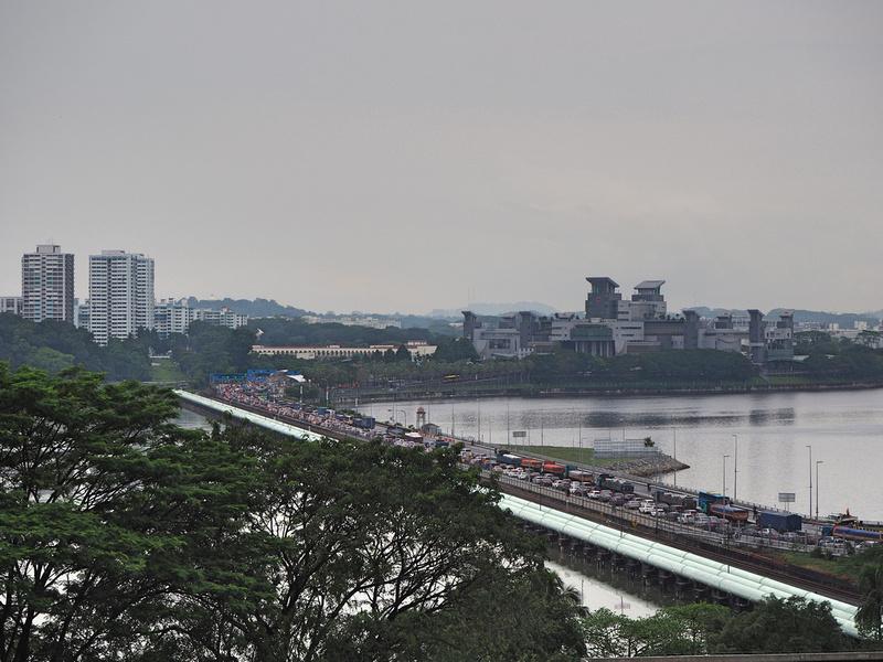 Traffic to Singapore