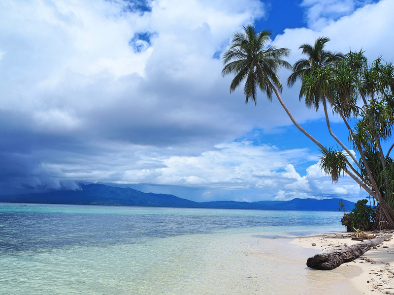 Solomon Islands - Reefs and war wrecks in an off the beaten path paradise