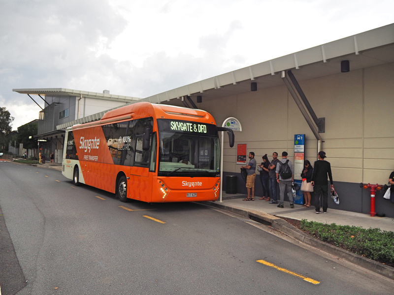 Skygate bus