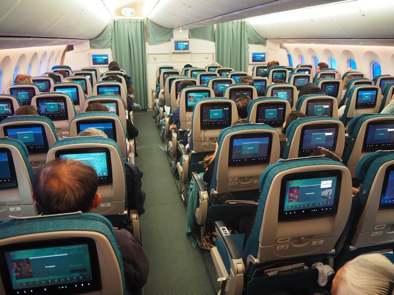 9-across Dreamliner