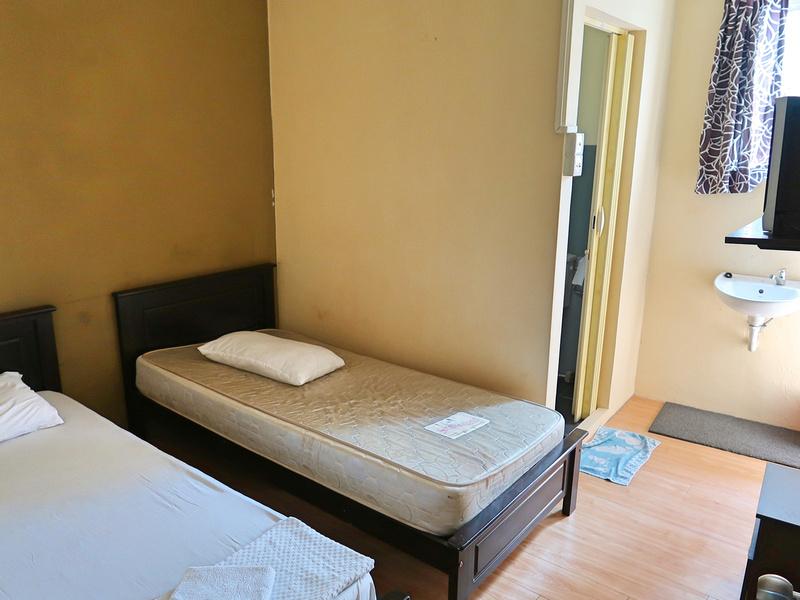 Argyll Inn room