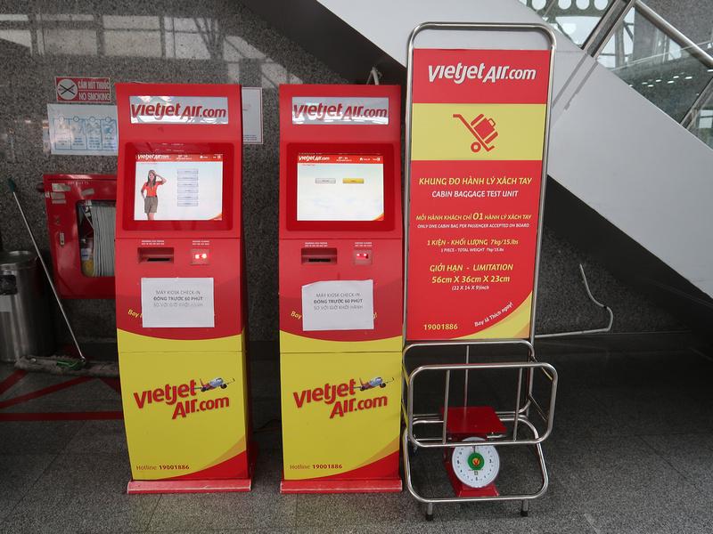 Vietjet Air kiosks