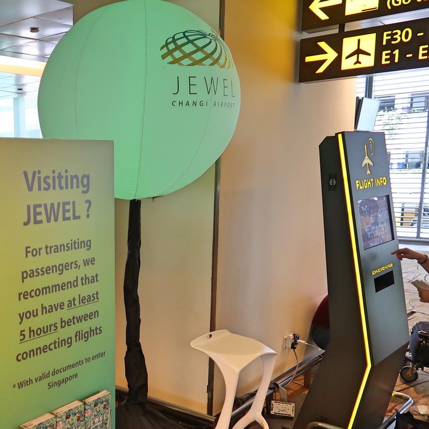 Visiting Jewel