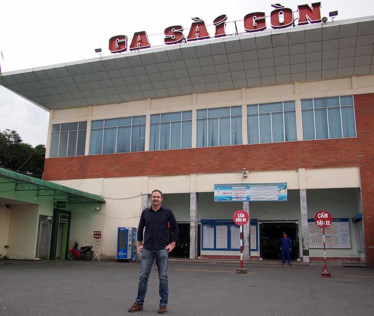 James at Ga Sai Gon