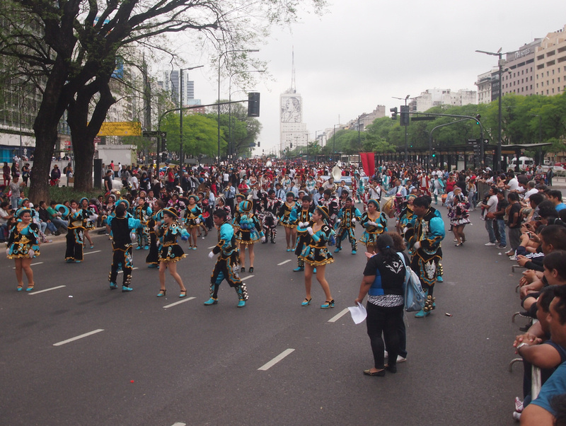Parade on Avenida 9 De Julio